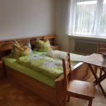 Wohnung 1: Schlafzimmer